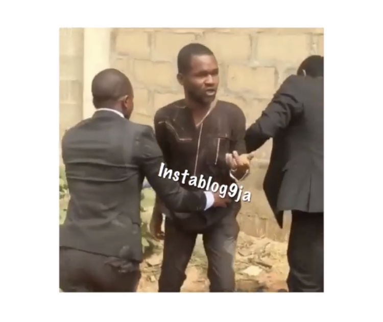 Pastor Catches Man Trying To Steal Tithe During Service