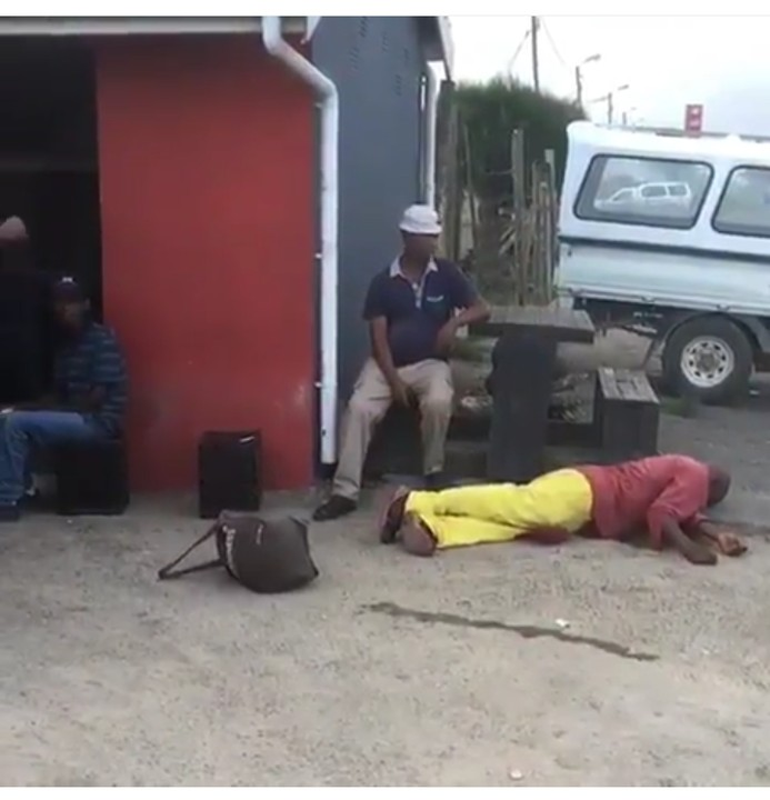 Man Punches His Fellow Man And He Slumped Down(Pics-Video)3