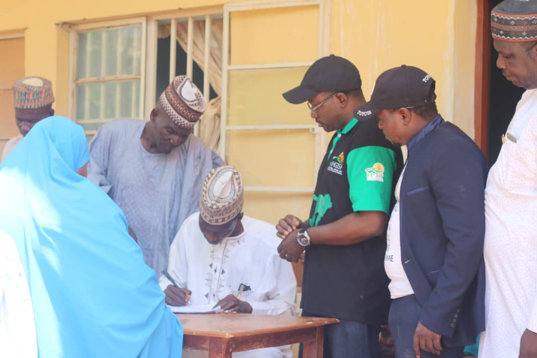 FG commences distribution of utensils to public primary school Pupils (pictures)6