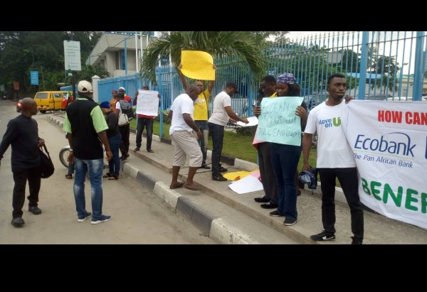 Mass Sack In Ecobank, Sacked Workers Protest (Photos)2